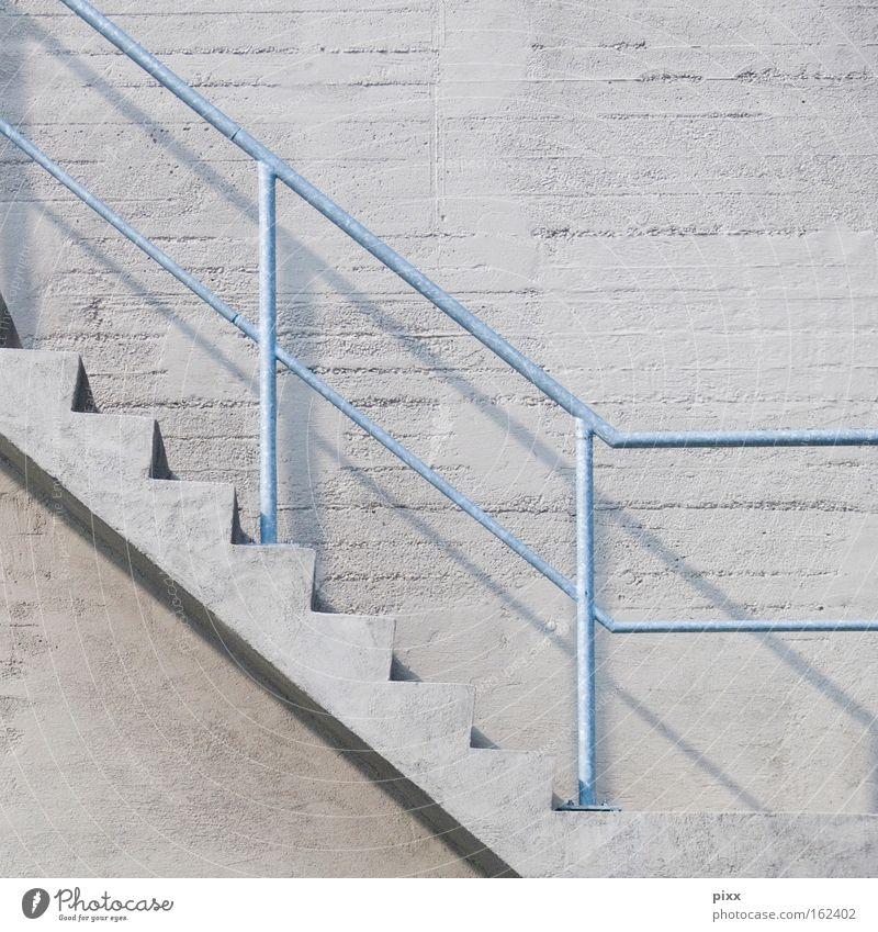 Bochum 14 Uhr 20 Beton Wand Treppe abwärts aufwärts Statistik Börse Schatten Grafik u. Illustration Quadrat Detailaufnahme Angst Panik Geländer Gastronomie