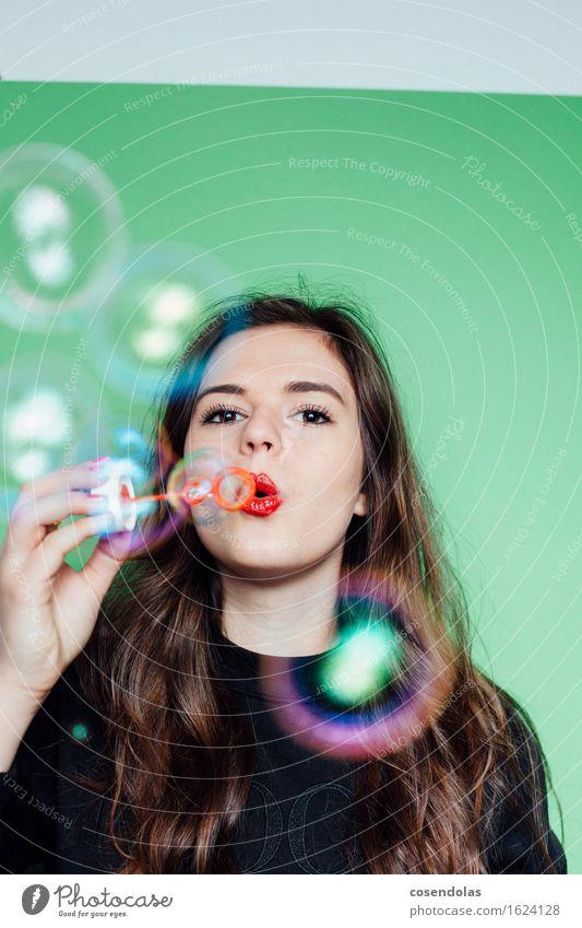 Ana Student feminin Junge Frau Jugendliche Gesicht 1 Mensch 18-30 Jahre Erwachsene Pullover brünett langhaarig Spielen authentisch trendy Freude Glück
