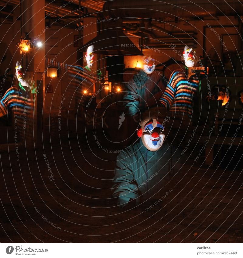 In den Werkstätten der carlauer-Produktion II Clown Maske lustig Traurigkeit Freude Trauer dunkel unsicher Angst gruselig Halloween unheimlich verfallen