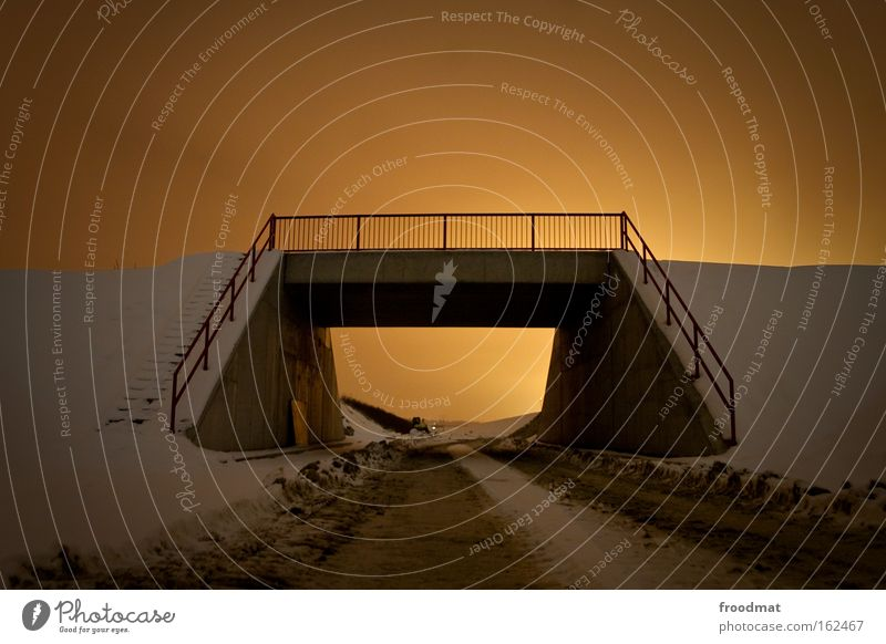 bridgebuilder Himmel Winter dunkel kalt Schnee Wege & Pfade Brücke Baustelle Krimineller Schichtarbeit