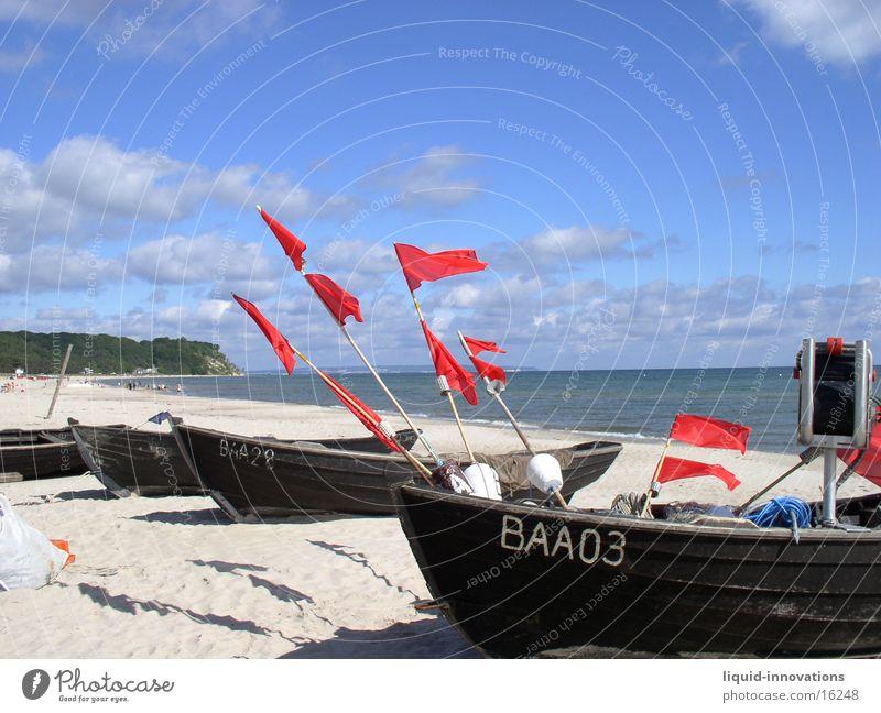 Fahnen im Wind Wasser Himmel Meer Strand Wolken Wasserfahrzeug Rügen