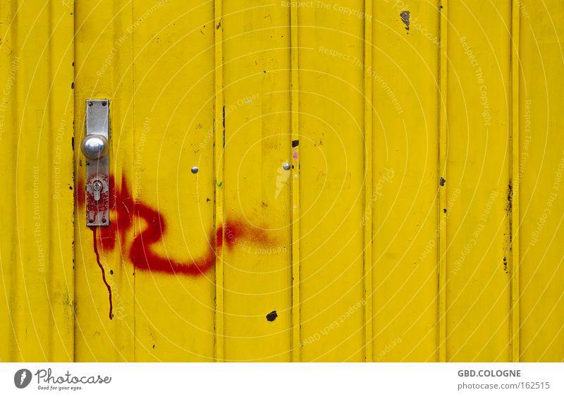 #FDDF00 gelb Tür Metall Strukturen & Formen rot Griff geschlossen Eingang Farbe Door closed