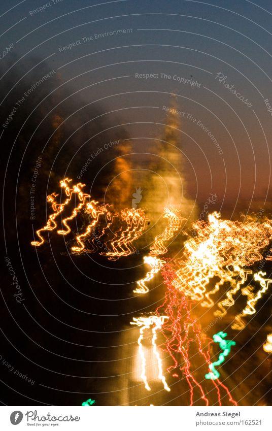 Drunken Dresden blau schön weiß Freude gelb Straße Beleuchtung Feste & Feiern Verkehr Fröhlichkeit verrückt Coolness Wahrzeichen Denkmal Altstadt Abenddämmerung