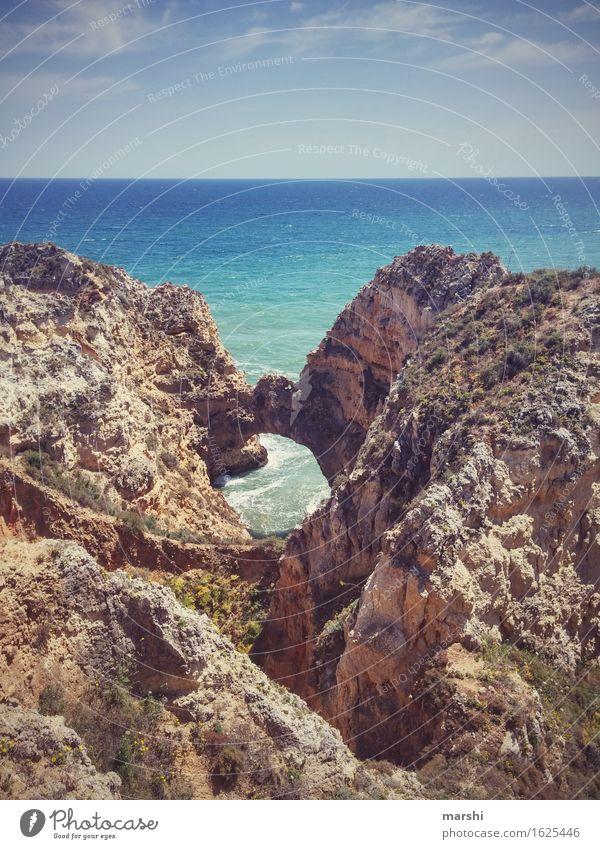 Algarve Natur Landschaft Urelemente Wasser Himmel Sonne Sommer Klima Schönes Wetter Küste Strand Meer Stimmung Portugal Felsen Lagos Aussicht Ferne Wellen