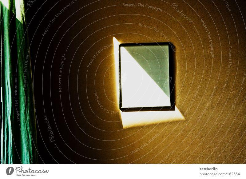 Sonneneinfall Raum Wand Bild Bilderrahmen leer ausdruckslos Schatten Sommer Dreieck Gardine Häusliches Leben