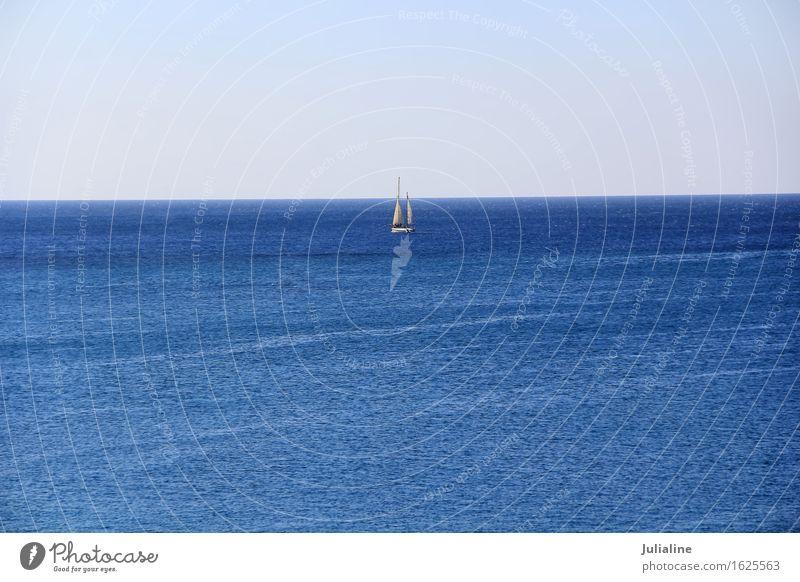 Ruhige Brise Ozean und weiße Yacht Ferien & Urlaub & Reisen Tourismus Ausflug Kreuzfahrt Meer Sport Himmel Horizont Jacht Segelboot Wasserfahrzeug blau Gefäße