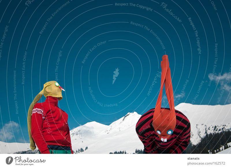 banging rabbits Himmel Schnee Berge u. Gebirge lustig verrückt Ostern Maske Alpen Alpen Strumpfhose Surrealismus Hase & Kaninchen Comic Humor Schweiz Osterhase