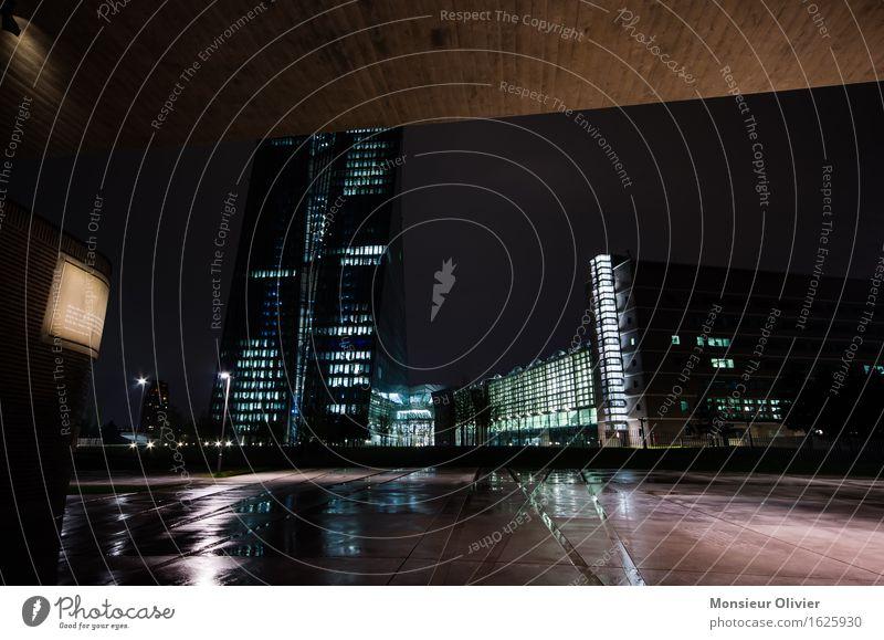 European Central Bank, Frankfurt, Germany, 2016 Stadt Bankgebäude Wahrzeichen Denkmal bedrohlich kalt blau braun rosa schwarz Macht Frankfurt am Main