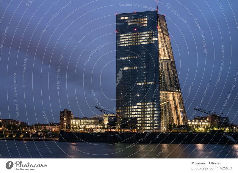 Financial twilight hour, Frankfurt, Germany, 2016 Fluss Main Stadt Skyline Europäische Zentralbank Ecb Macht Frankfurt am Main Nachtaufnahme Langzeitbelichtung