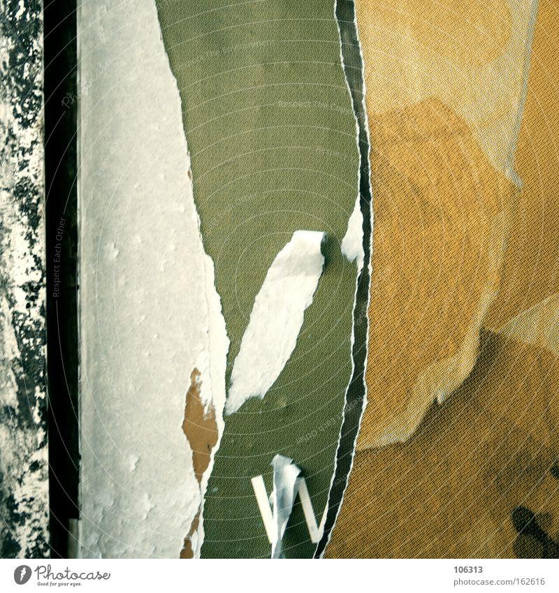 Fotonummer 117094 Schnipsel Papier Fetzen Riss liegen weiß alt fallen Demontage Tapete Plakat schichten ebene graphisch mehrfarbig Farbigkeit kaputt Zerstörung