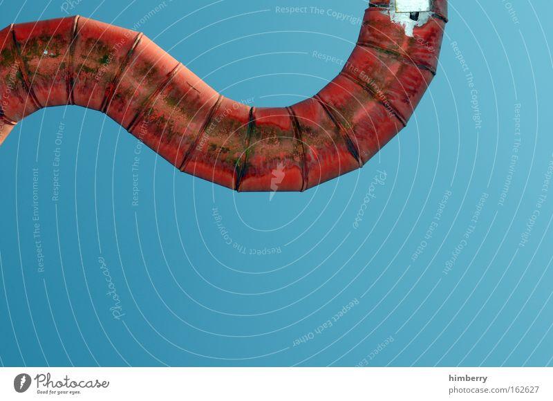 red tube heaven blau rot Umwelt Metall elegant dreckig Energiewirtschaft abstrakt Klima kaputt außergewöhnlich Zukunft Industrie Baustelle Technik & Technologie