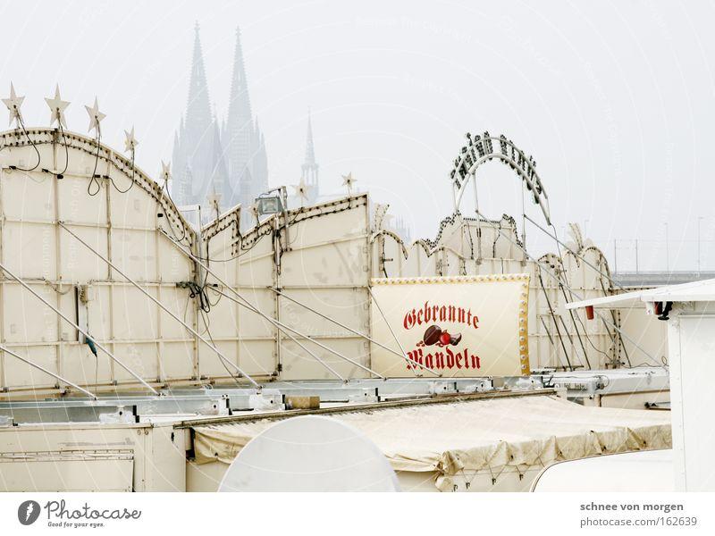mandeln aus überzeugung Köln Dom Kirche Jahrmarkt Schausteller Wohnwagen Rhein Gotteshäuser Hinweisschild Wahrzeichen Denkmal Baustelle