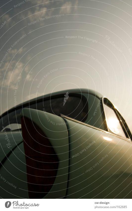 OSTPRODUKTE P 50 PKW Fahrzeug Trabbi Osten Ostzone Karton Rücklicht Detailaufnahme DDR Verkehr Motorsport Makroaufnahme Nahaufnahme kultobjekt