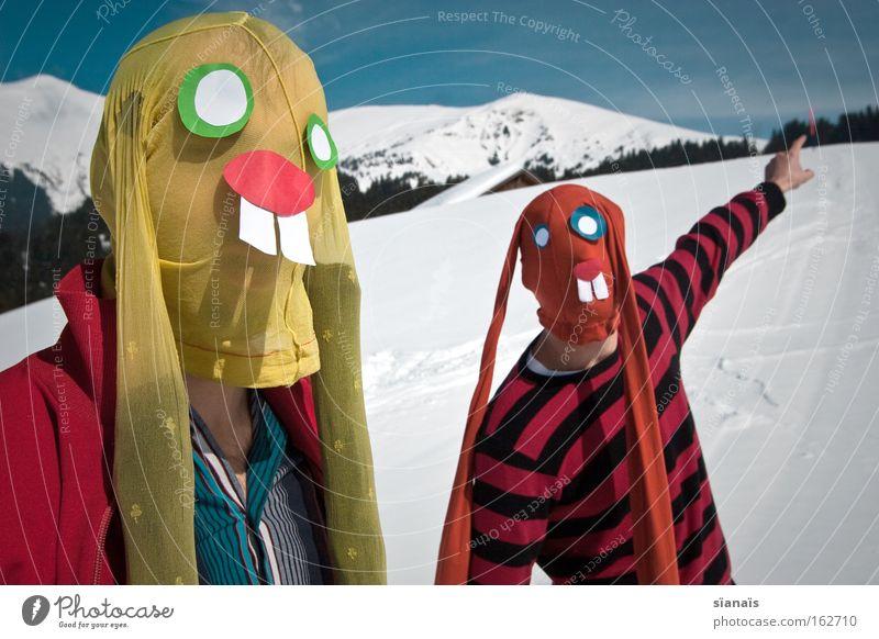 da...! Berge u. Gebirge Schnee lustig verrückt Alpen Ostern zeigen Maske Karneval Schweiz Theaterschauspiel Hase & Kaninchen Surrealismus dumm Humor