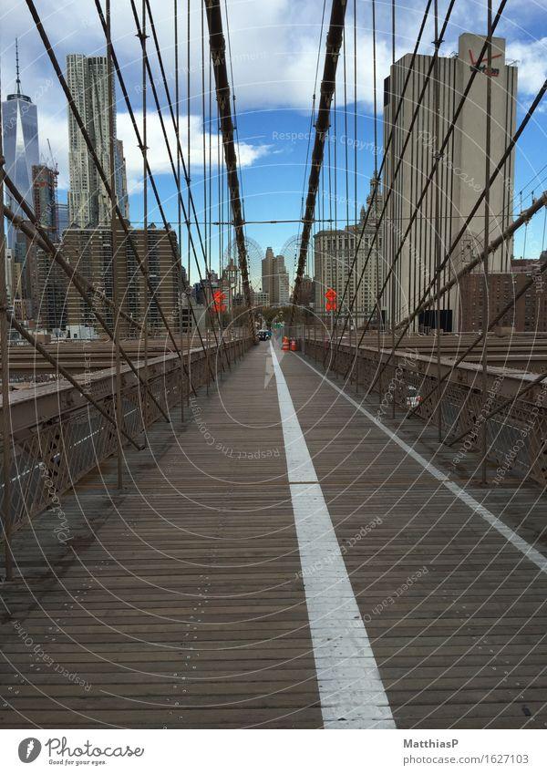 Brooklyn Bridge in New York City (NYC) Ferien & Urlaub & Reisen Stadt schön Architektur Bewegung außergewöhnlich Tourismus Kraft einzigartig Fahrradfahren