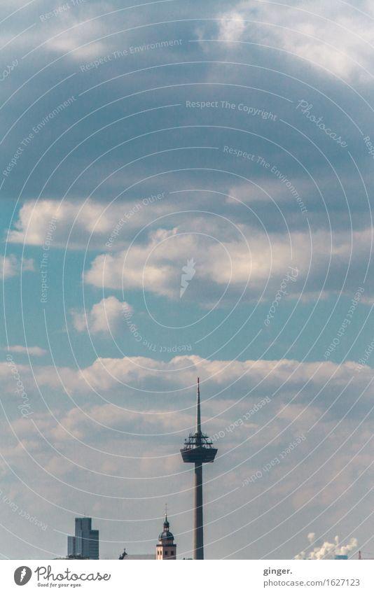 Köln UT | Kalk | Türme und Wolken Luft Himmel Schönes Wetter Kölnturm Sankt Mariä Himmelfahrt Stadt Skyline Menschenleer Haus Hochhaus Kirche Turm Bauwerk