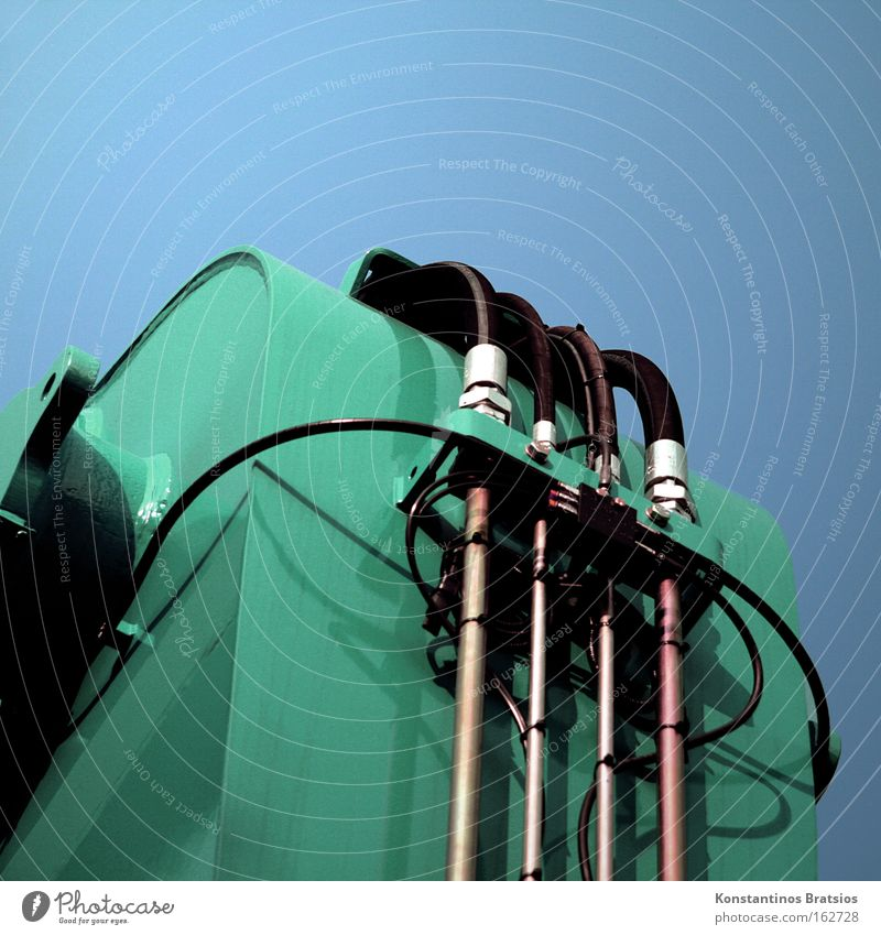 GREEN MACHINE Bagger Baustelle Kran Hydraulik Metall Straßenbau Löffelbagger Demontage Industriefotografie Maschine grün Kraft Verkehr Hoch und Tief Aushub
