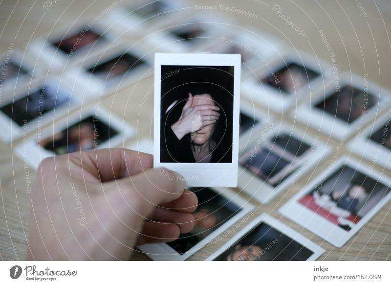 Polaroids Frau mit Hand vorm Gesicht Erwachsene Leben 1 Mensch Bild-im-Bild Fotografie Anhäufung Gefühle Scham Reue Hemmung Identität Krise