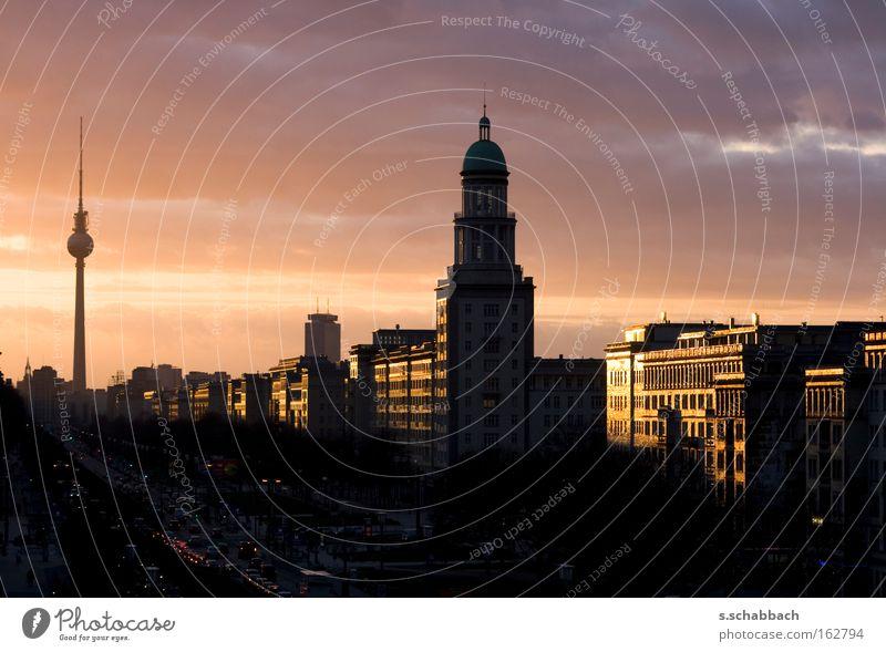 Berliner Sonnenuntergang Silhouette Frankfurter Tor Fernsehturm Abenddämmerung Frankfurter Allee Karl-Marx-Allee Himmelskörper & Weltall Langzeitbelichtung