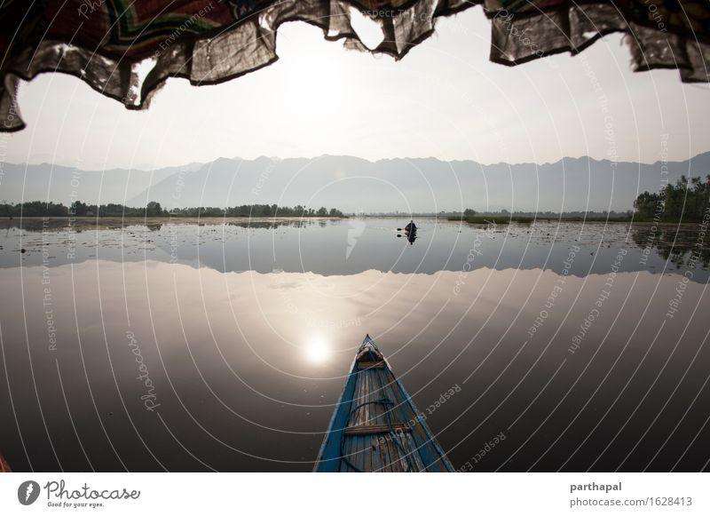Segeln über Nagin Lake, Kaschmir Mensch Himmel Natur Ferien & Urlaub & Reisen schön Sommer Wasser Erholung Einsamkeit Freude Umwelt Tourismus Freizeit & Hobby