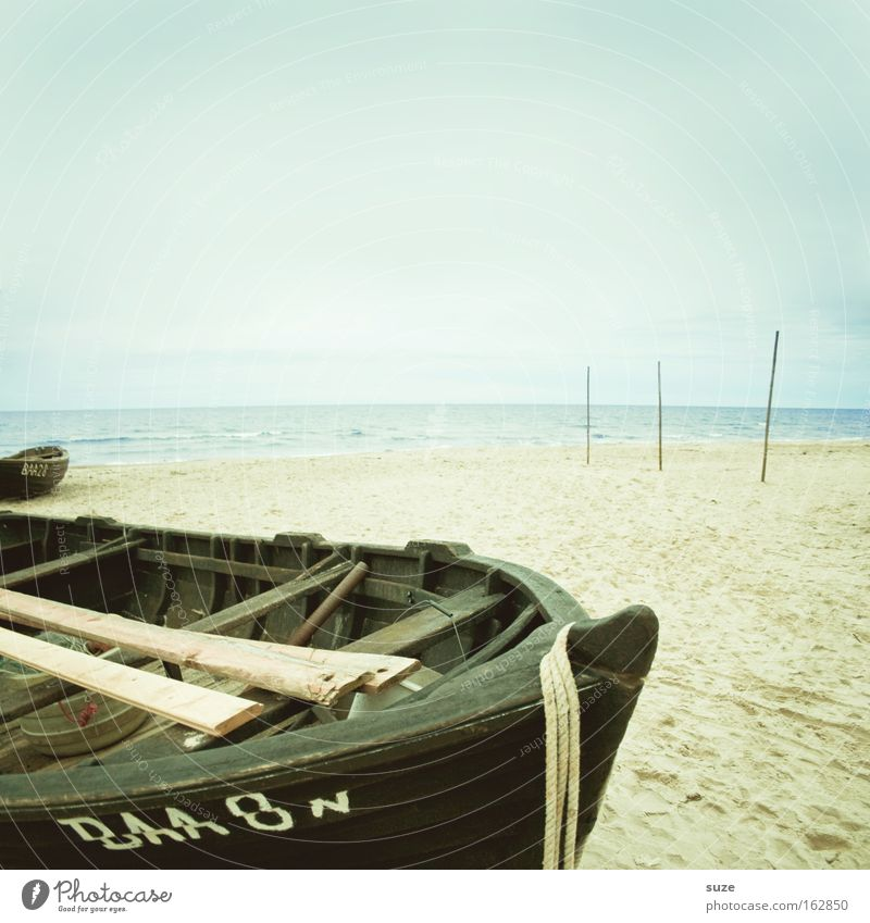 Stillstand Himmel Wasser Strand Meer Ferien & Urlaub & Reisen ruhig Einsamkeit Erholung Freiheit Holz träumen Küste Wasserfahrzeug See Horizont Ausflug