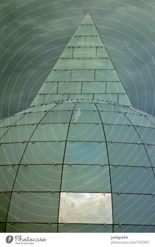 Himmel und Hölle Wolken Farbe Fenster Gebäude Architektur Glas modern rund Spitze Hannover Raster Niedersachsen Weltausstellung Expo 2000