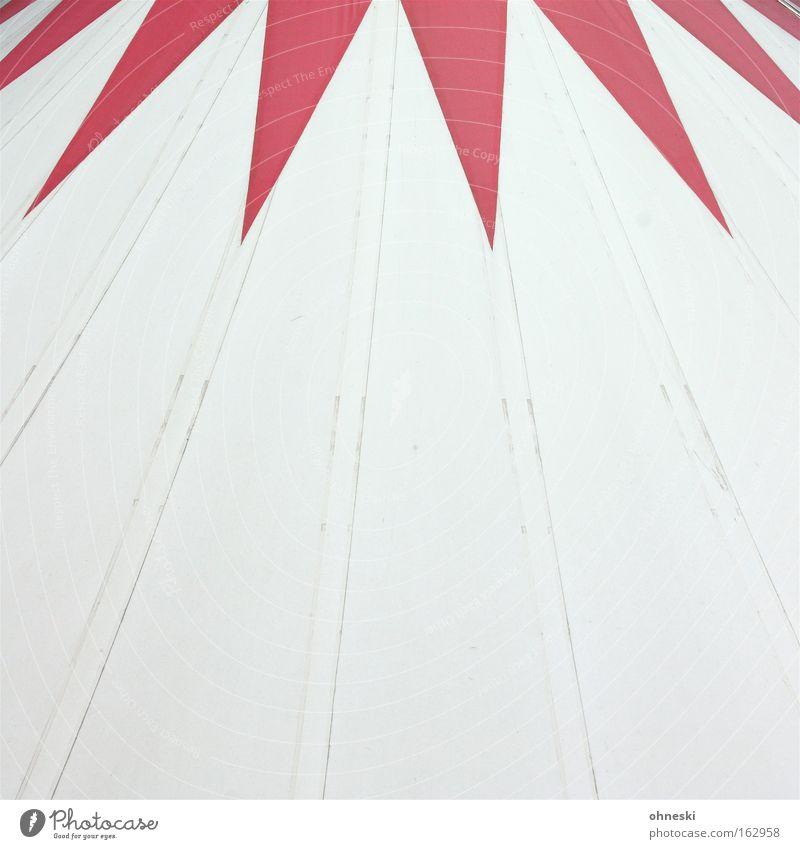 Zirkus Zelt Dach Abdeckung Zacken rot Krone Manege Akrobatik Tier Sensation Bochum Detailaufnahme Westpark