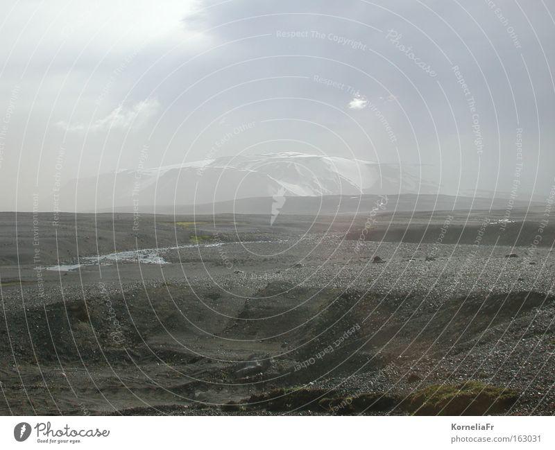 Sandsturm grau Nebel Wüste Island Gletscher