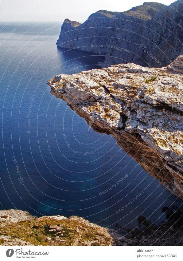 Endlich!!! Mein 1. Bild Klippe Berge u. Gebirge Meer Mallorca Cap Formentor Wasser Erde Strand Klettern Horizont Mittelmeer Meerwasser Ferien & Urlaub & Reisen