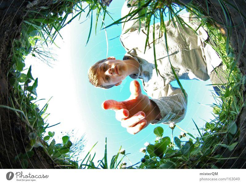 """""""Hole-in-One"""" oder """"Maulwurfansichten"""" Natur Jugendliche Sommer Freude Wiese Gras Frühling Arbeit & Erwerbstätigkeit modern verrückt Perspektive Medien"""