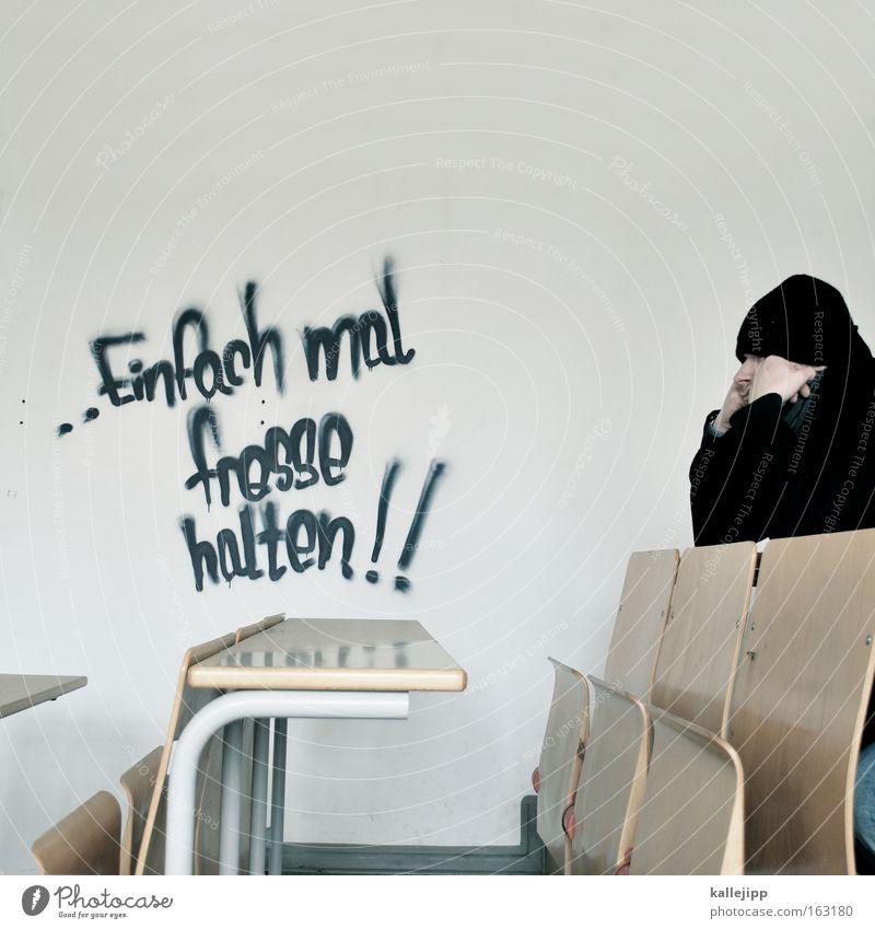 mündlich, setzen, sechs Graffiti Student Meinung Deutschland Redewendung Schule Schüler Kultur Bildung schweigen Schulbank sitzen Mensch Tisch PISA-Studie