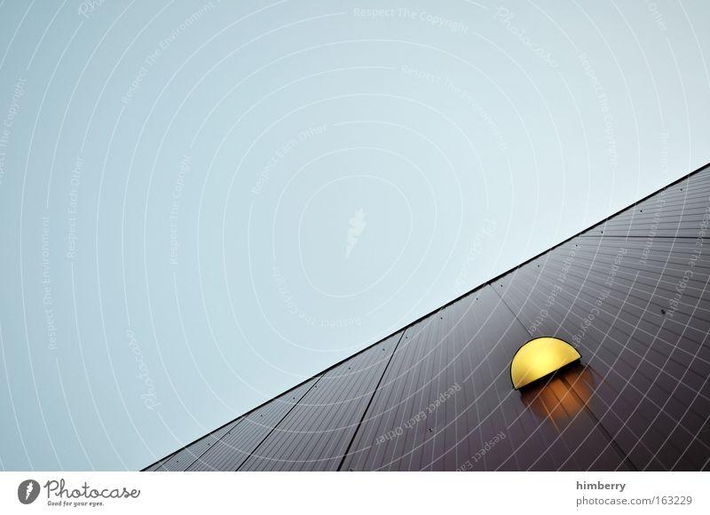light's on Farbfoto Außenaufnahme Detailaufnahme Menschenleer Textfreiraum links Textfreiraum oben Tag Kunstlicht Starke Tiefenschärfe Design Haus Lampe