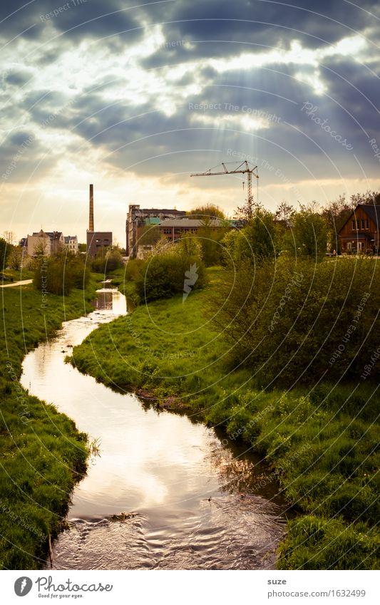 Der Verflossene Fabrik Industrie Umwelt Natur Landschaft Wasser Himmel Wolken Gewitterwolken Klima Klimawandel Wetter Wiese Flussufer Bach Stadt Stadtrand