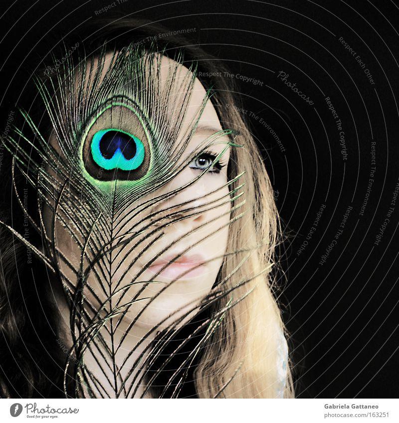 Chatoyant schön Auge Ferne Haare & Frisuren Vogel glänzend Aussicht Feder Streifen Stolz schimmern Pfau Lichteinfall Mensch Ergänzung Pfauenfeder