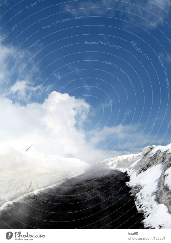 rauch und wolken Eis Schnee Vulkan Straße Straßenverkehr Wege & Pfade Rauch Abgas heiß Schwefel Lava Ätna Sizilien Italien Berge u. Gebirge Mineralien Feuer