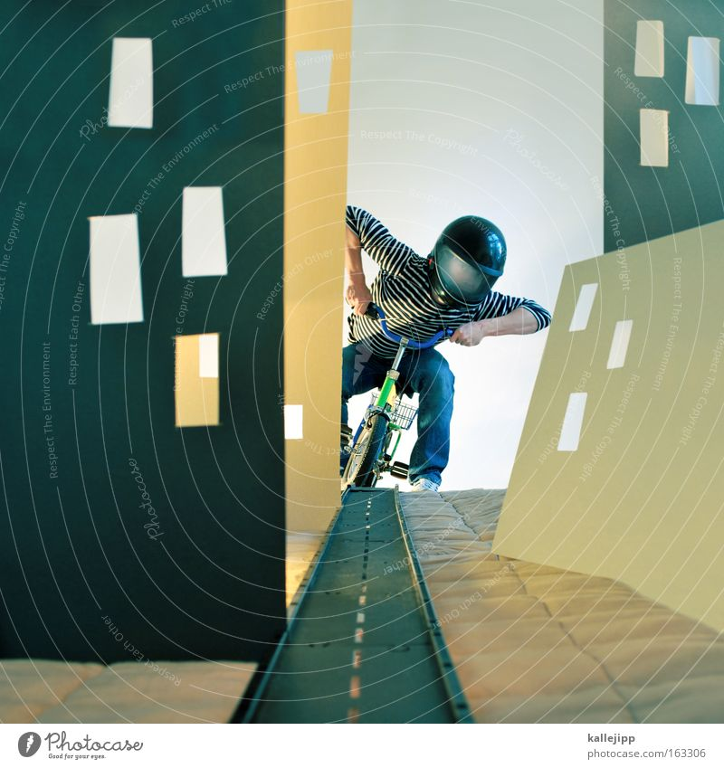 easy rider Fahrrad Helm Comic gestellt künstlich Straße Straßenverkehr Straßenschlucht Karton Fenster Hochhaus Stadt Geschwindigkeit Mensch Kulisse Autobahn