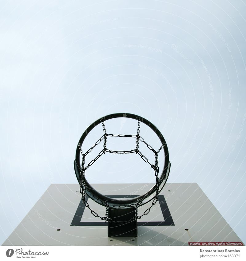 Nicht an den Korb hängen! Himmel Freude Sport Spielen Erfolg USA Freizeit & Hobby Kette Sportveranstaltung Holzbrett Basketball Schulsport Gegner Freiwurf