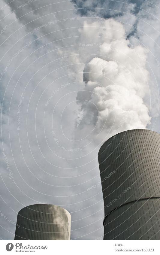 Kohldampf Himmel Arbeit & Erwerbstätigkeit grau Luft Metall dreckig Design Umwelt Industrie gefährlich Industriefotografie Fabrik Rauch Abgas Erdöl Schornstein