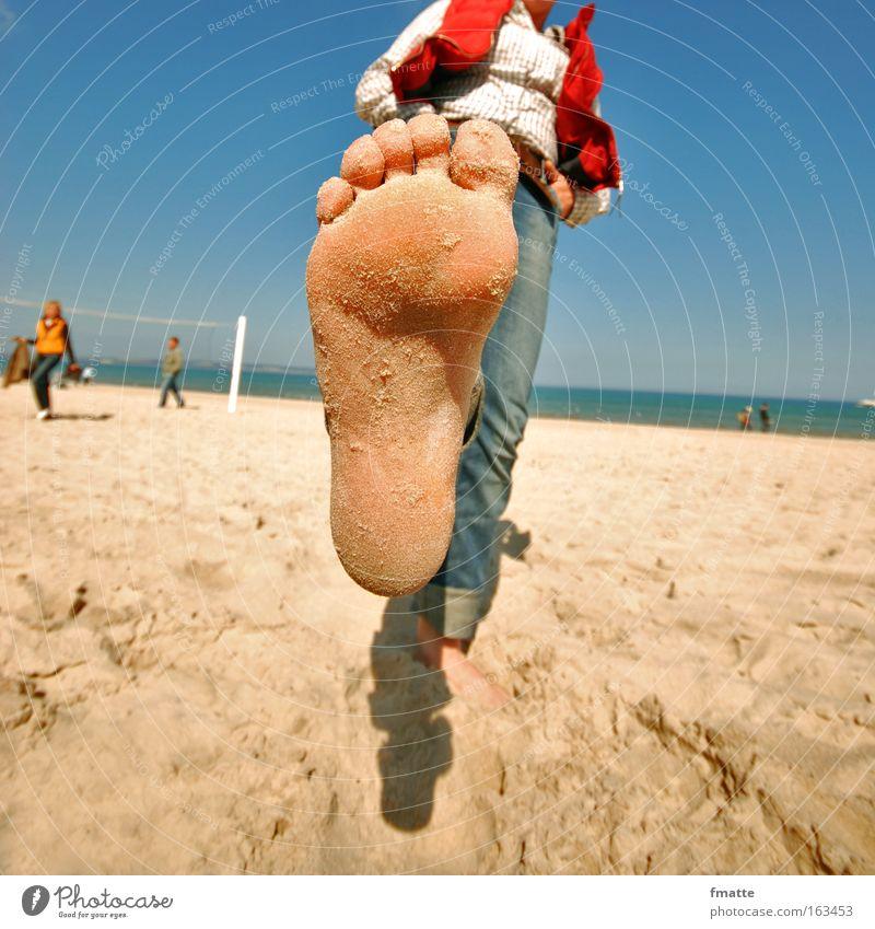 Strand Sommer Freude Ferien & Urlaub & Reisen Fuß Ostsee Mensch