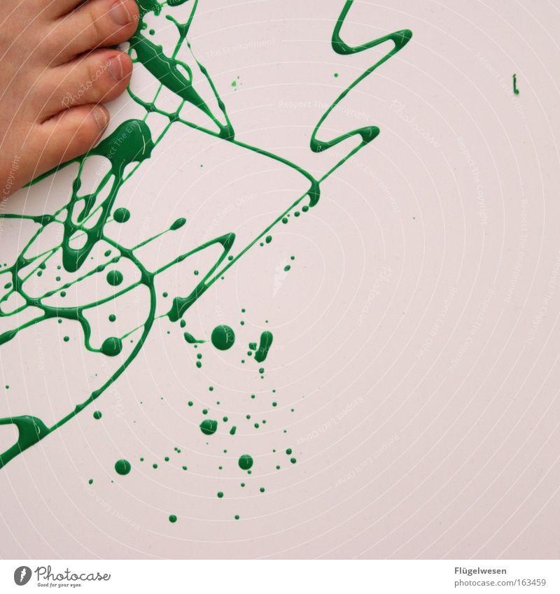 Grünes Blut grün Farbe Farbstoff Fuß Fleck Zehen Barfuß Zehennagel