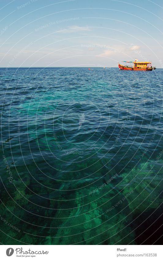 sea view Wasser Himmel Meer blau rot Sommer Ferien & Urlaub & Reisen Einsamkeit gelb Ferne Horizont Ausflug Abenteuer Tourismus tauchen Wasserfahrzeug