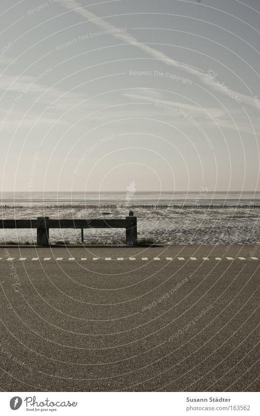 Sichtweise Natur Wasser Himmel Sommer Straße Stil Glück Wege & Pfade Sand Landschaft Zufriedenheit Straßenverkehr Wetter Design Umwelt Zeit
