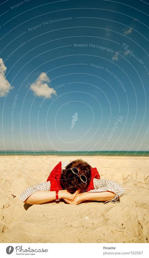Strand Mensch Himmel blau Ferien & Urlaub & Reisen Sommer Meer Wolken ruhig Erwachsene Erholung Küste Zufriedenheit Freizeit & Hobby Seeufer Ostsee