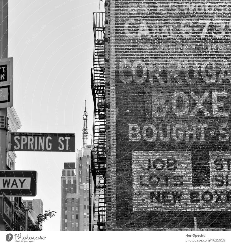 Spring Street New York City Manhattan Stadt Stadtzentrum Skyline Haus Bauwerk Gebäude Architektur Mauer Wand Schriftzeichen eckig historisch Werbung