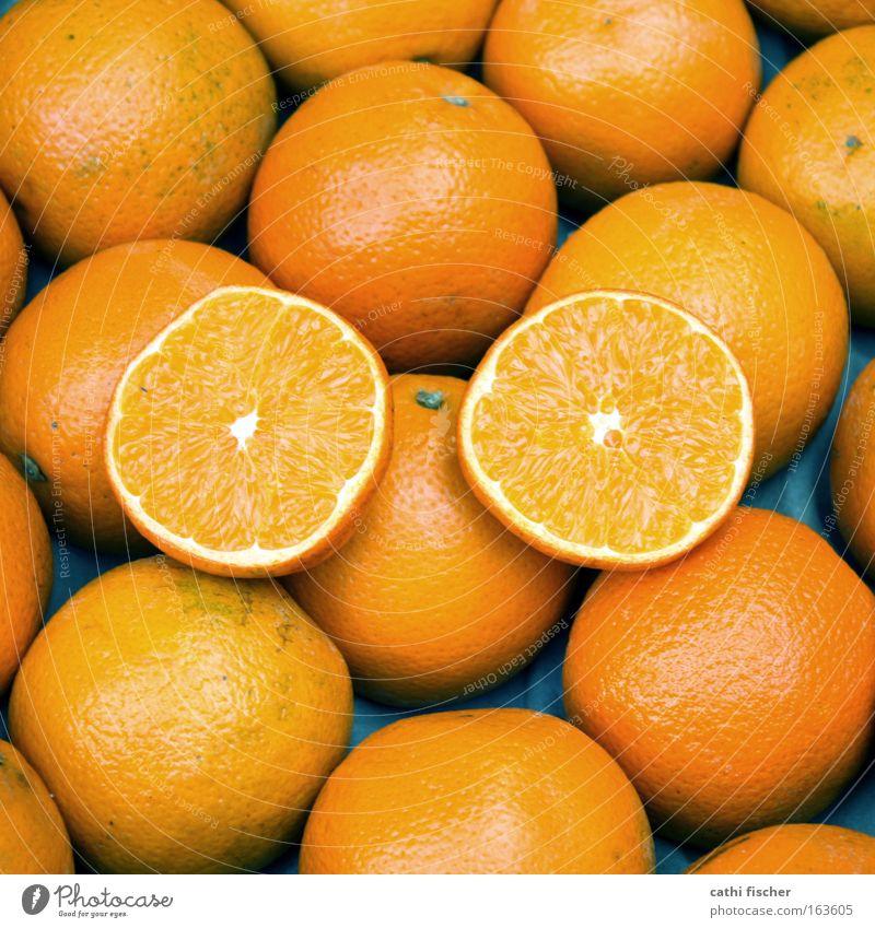 doppel weiß blau Auge Ernährung Lebensmittel orange 2 Orange Frucht Ordnung viele Kugel Hälfte Vielfältig Fruchtfleisch Zitrusfrüchte