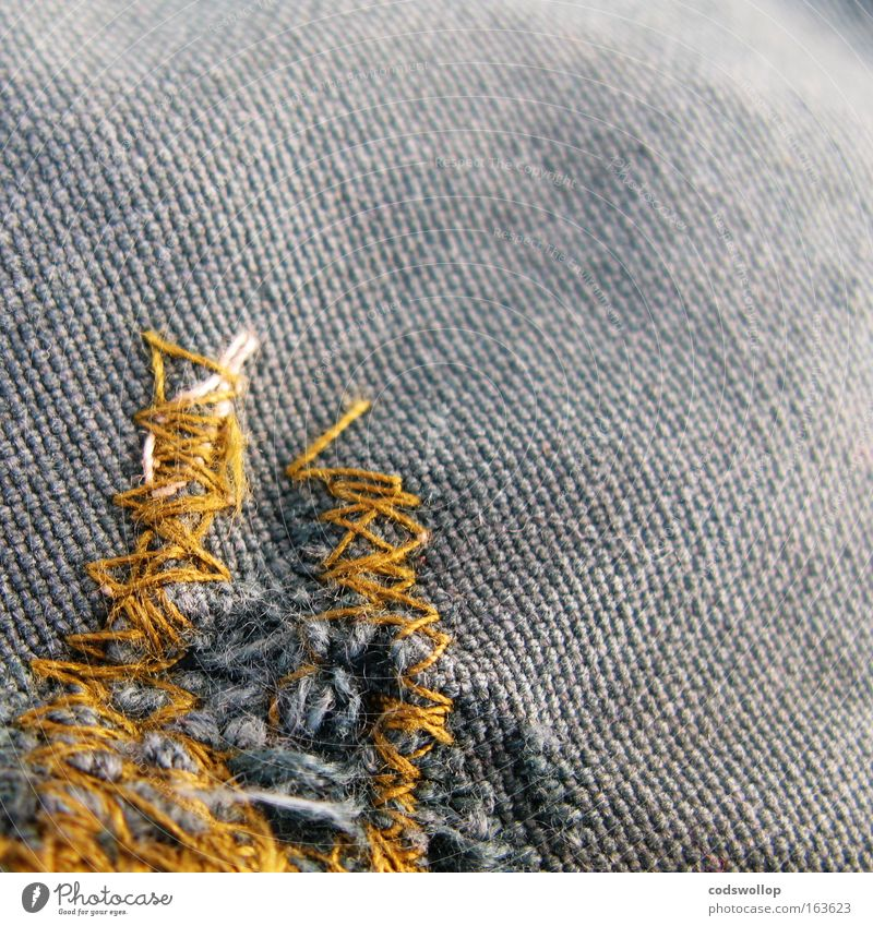 a stitch in time saves nine Zeit Linie Stoff Jacke Handwerk Handwerker Schleife Knoten Selbstständigkeit Problemlösung Sack Billig sparsam Arbeitsbekleidung