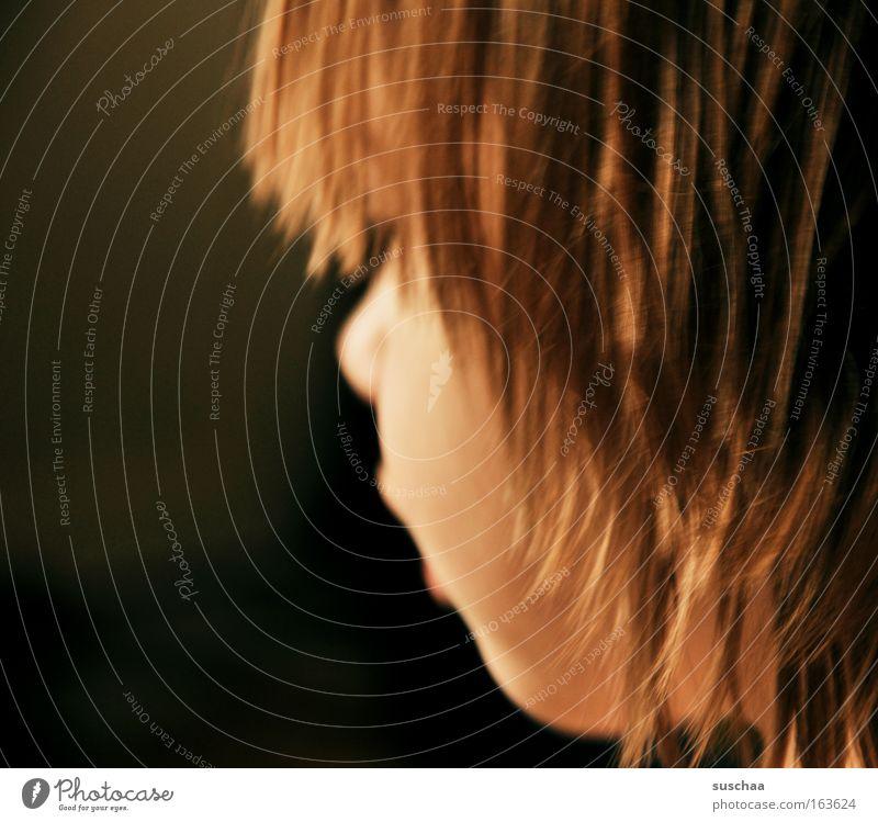 profi(l)hexe Mensch Kind Jugendliche Mädchen ruhig Gesicht Leben Gefühle Kopf Haare & Frisuren Traurigkeit Denken träumen gold warten natürlich