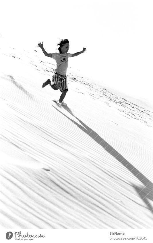 86 [YAAAWP!] Junge Kindheit 1 Mensch 8-13 Jahre Sand Sonnenlicht Erholung fallen laufen rennen springen toben Erfolg Lebensfreude Begeisterung Euphorie Mut