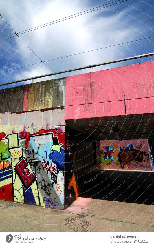 downtown Freiburg Himmel Farbe Graffiti Kunst Beton Tunnel