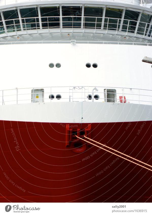 fest vertaut... Schifffahrt Kreuzfahrt Passagierschiff Kreuzfahrtschiff Containerschiff Wasserfahrzeug Hafen Seil Bullauge festhalten liegen ästhetisch